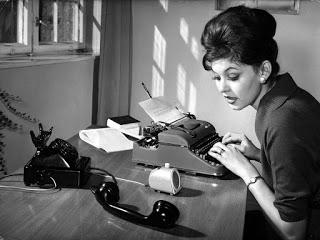 secretaries in the 1960s (29)